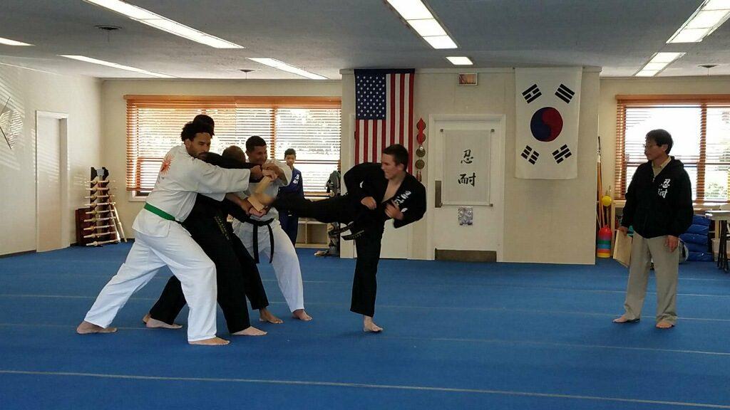 Adult-Kick-Master-Yu