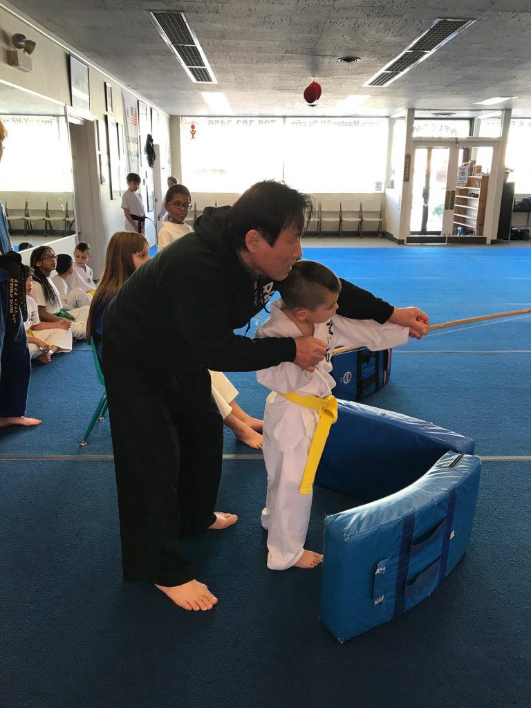 Master-Yu-Teaching-Student
